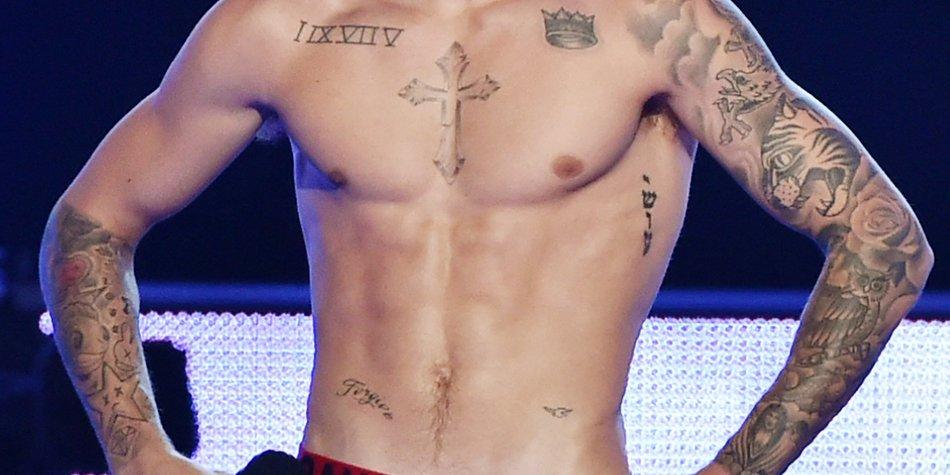 Justin Bieber strippt live im TV