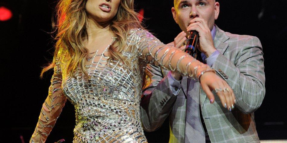 Jennifer Lopez und Pitbull singen den offiziellen WM-Song