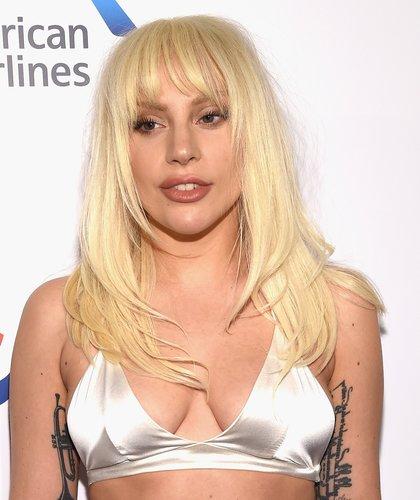 Lady Gaga: Fransiger Stufenschnitt