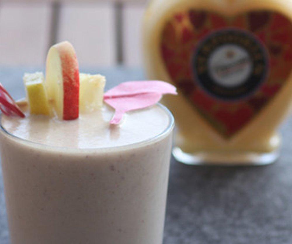 Sommersmoothie mit Pfirsich & Kokos