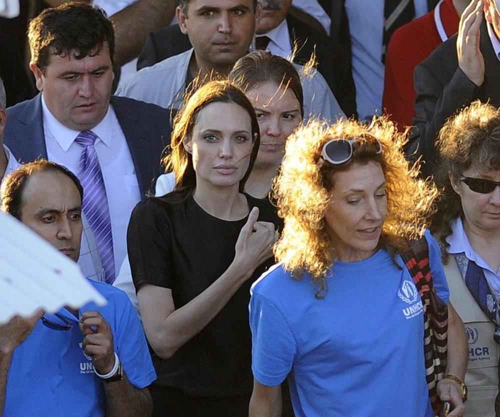 Angelina Jolie besucht Flüchtlingslager