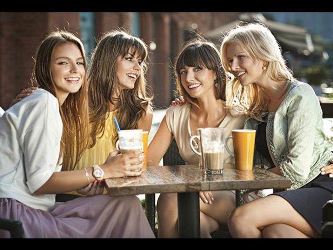 Frauen freunden