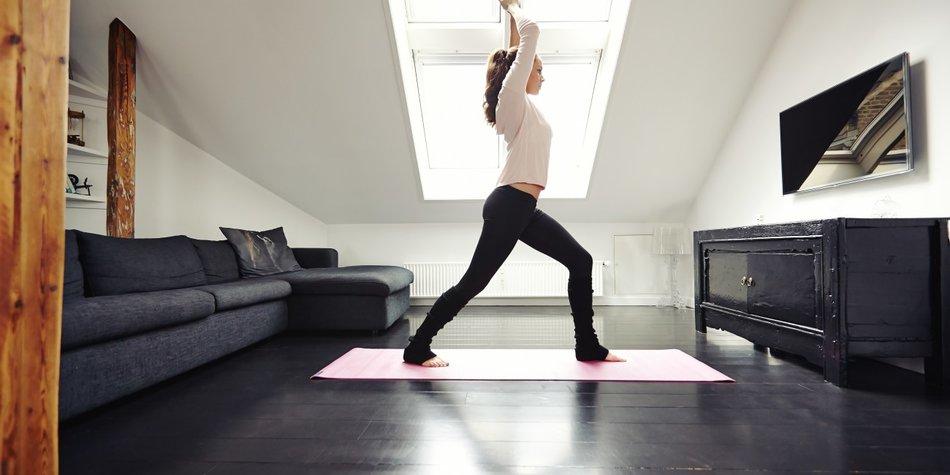 10 Minuten Workout: 5 Yoga Übungen Für Zuhause