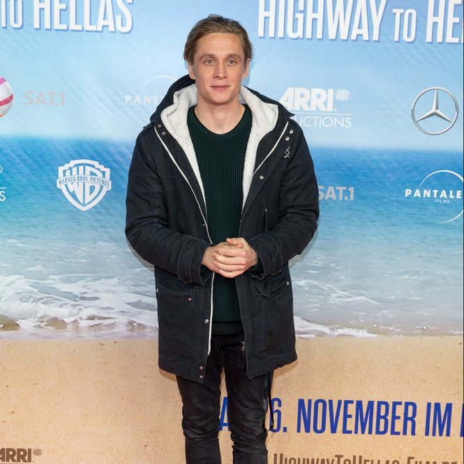 BERLIN, GERMANY - NOVEMBER 24:  Matthias Schweighoefer  attends the 'Highway to Hellas' German Premiere at Kino in der Kulturbrauerei on November 24, 2015 in Berlin, Germany.  (Photo by Luca Teuchmann/Getty Images)