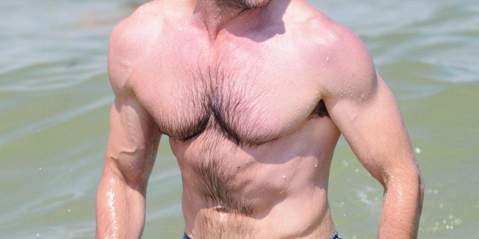 Hugh Jackman im Urlaub am Meer