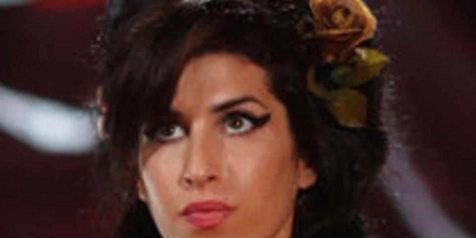 Amy Winehouse: Duett mit Usher?