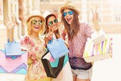 Geh shoppen und auf Reisen