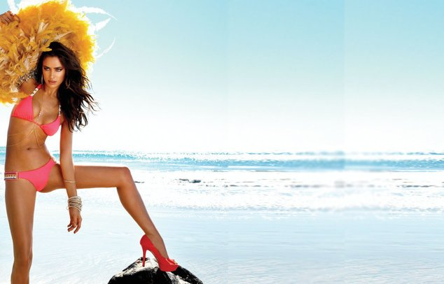 Irina Shayk im Bikini
