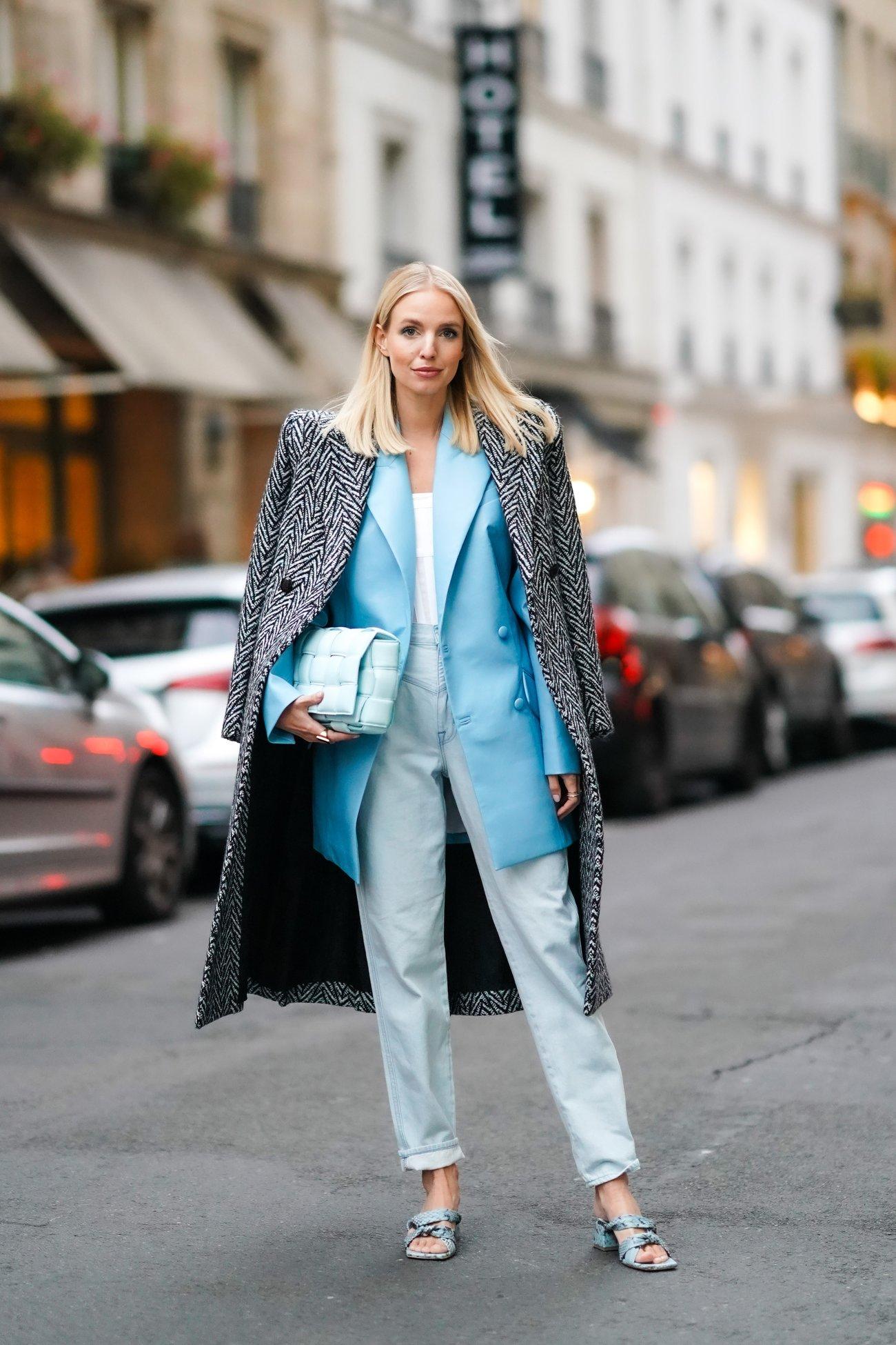 Eisblau Trendfarbe Winter