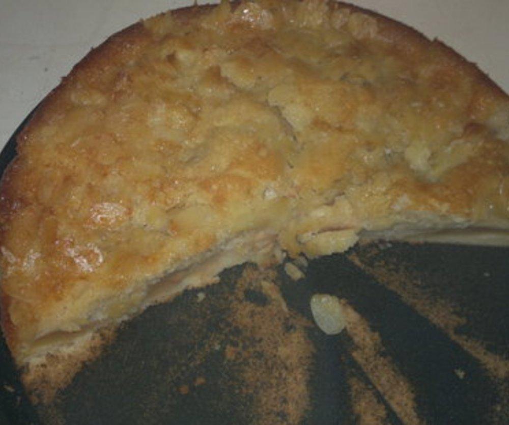 Apfelkuchen mit Butter-Mandel-Klecksen