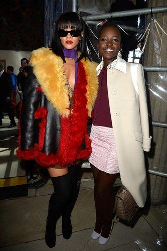 Lupita Nyong'o bei einer Modenschau