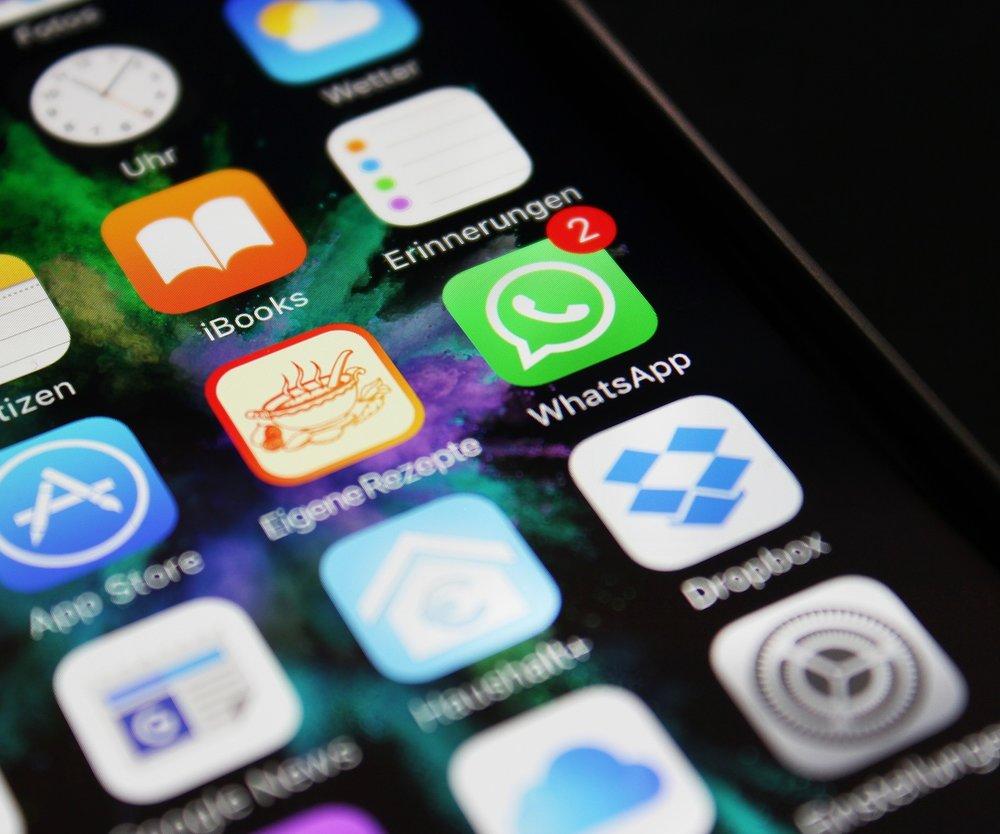 WhatsApp bald mit Werbung?
