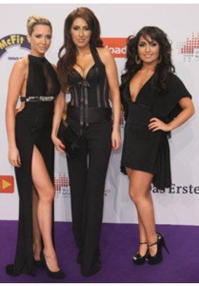 Mandy Capristo mit ihren Bandkolleginnen Senna Guemmour und Bahar Kizil