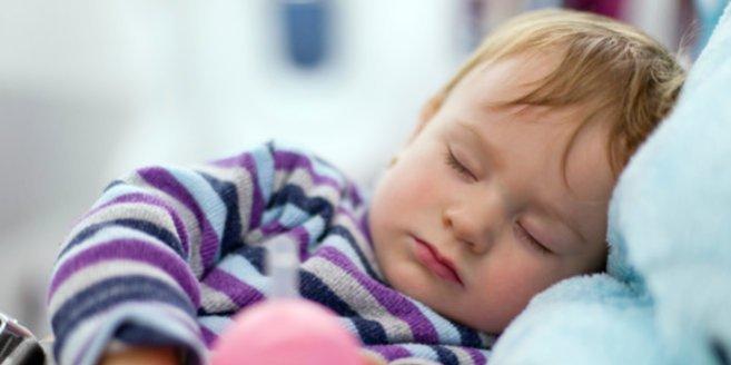 Erbrechen bei Kindern:Schlafendes Kind