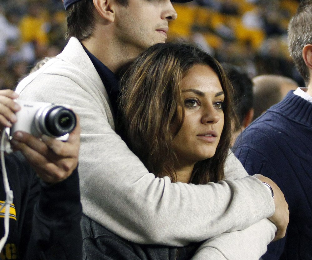 Mila Kunis: Doppeltes Babyglück?