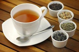 grüner und schwarzer Tee