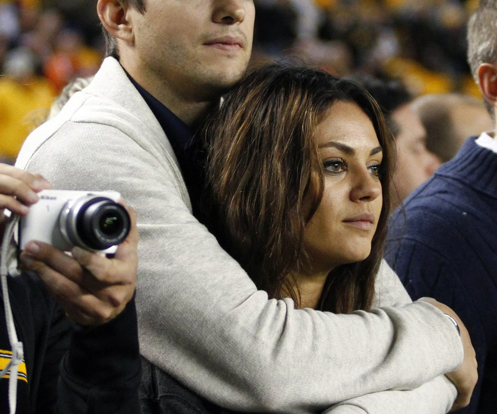 Ashton Kutcher und Mila Kunis: Sind die zwei verlobt?