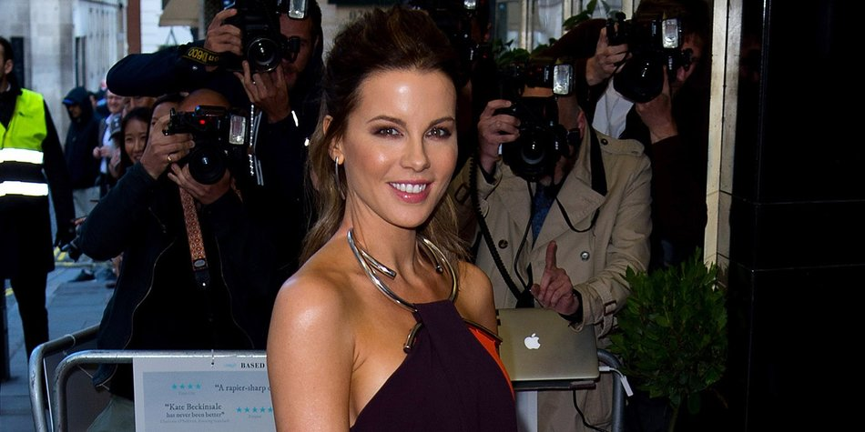 "LONDON, ENGLAND - MAY 24: Kate Beckinsale attends the UK premiere ""Love And Friendship"" at The Curzon Mayfair on May 24, 2016 in London, England. (Photo by Ben A. Pruchnie/Getty Images)"