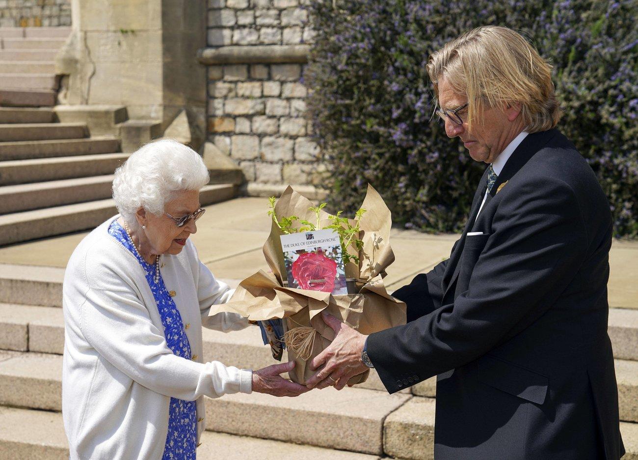 Queen Rose Prinz Philip