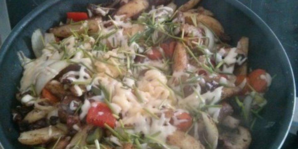 Gemüsepfanne mit Kartoffeln