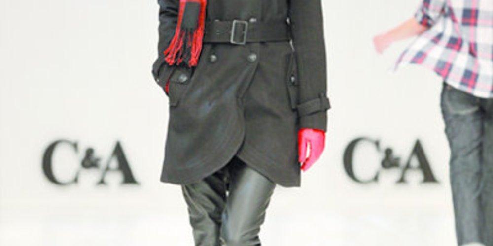 Karoschal von C&A: Karos sind im Herbst 2010 voll im Trend