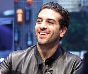 FRANKFURT AM MAIN, GERMANY - SEPTEMBER 22: Actor Elyas M'Barek visits the Jeep booth at IAA on September 22, 2015 in Frankfurt am Main, Germany. (Photo by Hannelore Foerster/Getty Images)
