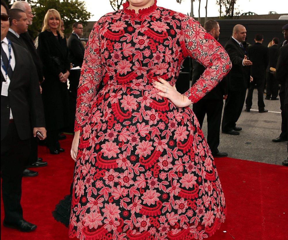 Adele: Inkognito zum Führerschein