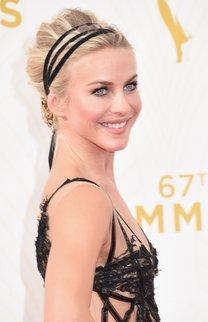 Julianne Hough: Chignon mit Haarband