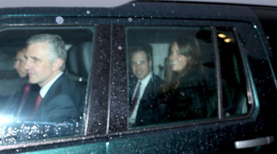Prinz William und Herzogin Catherine auf dem Rückweg vom Weihnachts-Lunch im Buckingham Palast.