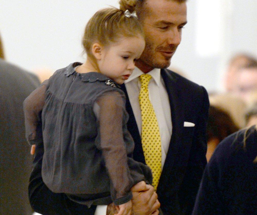 David Beckham wird von Harper aufgebrezelt