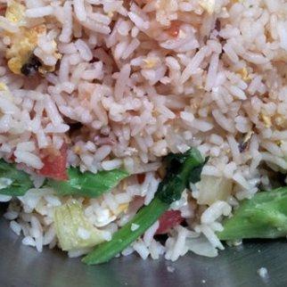 Reispfanne mit Fisch