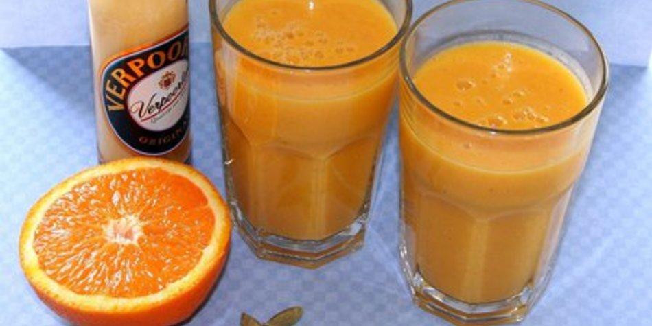 VERPOORTEN Mango-Orangen-Smoothie mit Kardamom und Orangenblütenwasser