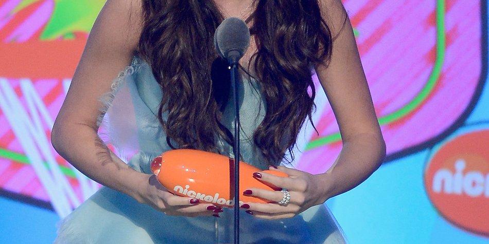 Selena Gomez gewinnt zwei BRAVO Ottos