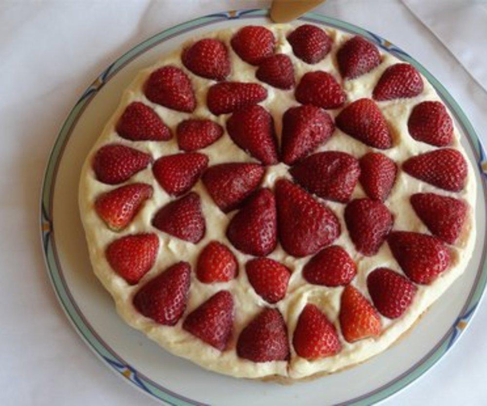 Erdbeer-Marzipan-Kuchen
