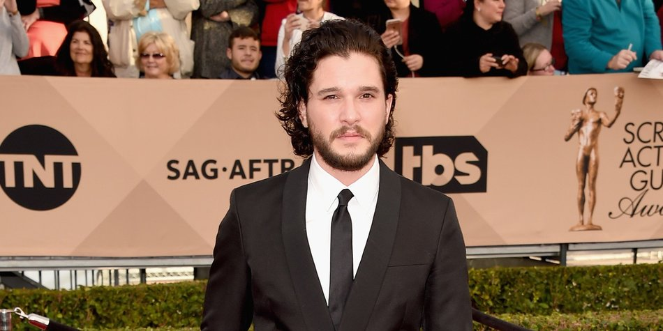 LOS ANGELES, CA - JANUARY 30: Actor Kit Harington attends The 22nd Annual Screen Actors Guild Awards at The Shrine Auditorium on January 30, 2016 in Los Angeles, California. 25650_015 (Photo by Jason Merritt/Getty Images for Turner)