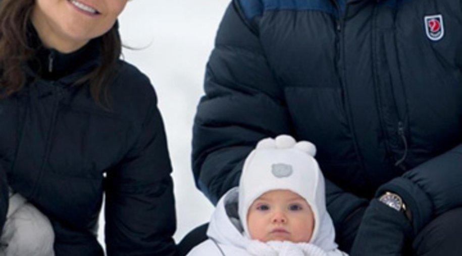 Prinzessin Estelle erlebt ihren ersten Schnee.