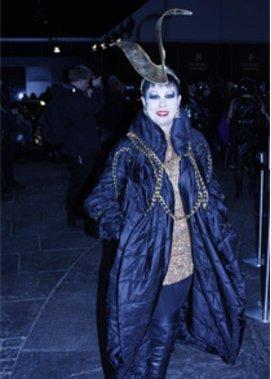 Die Fashion Week in New York präsentiert viele ausgefallene Outfits