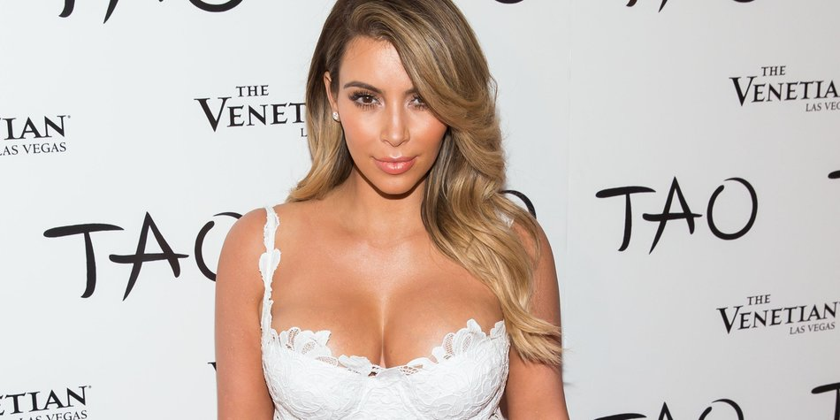 Kim Kardashian schlägt den Paparazzi ein Schnippchen