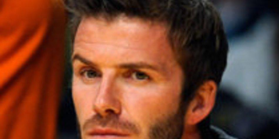 David Beckham verpasst Moderator neue Frisur