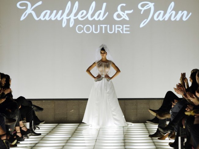 Micaela Schäfer für Kauffeld&Jahn Couture