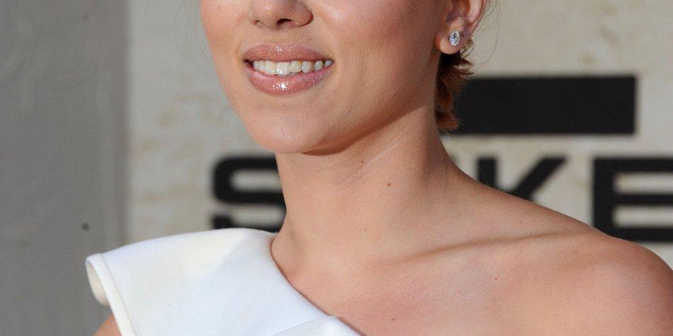 Scarlett Johansson schaltet das FBI ein