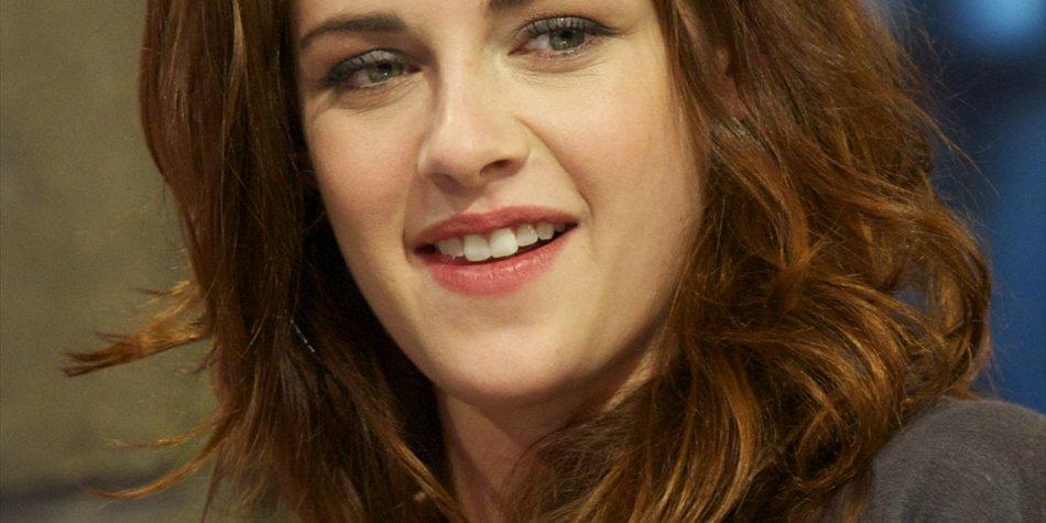 Kristen Stewart bestreitet Ice-Bucket-Challenge mit Abwasser
