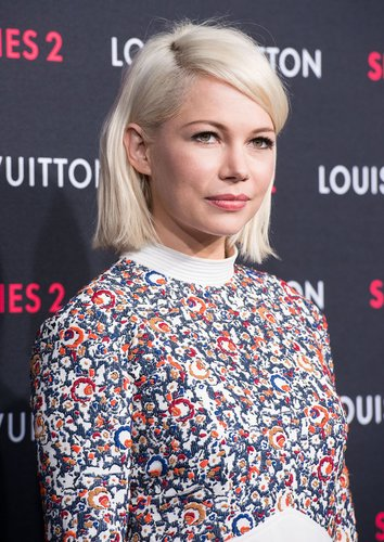 Michelle Williams in platinblond