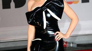 Kylie Minogue fühlt sich nicht mehr so knackig wie früher