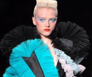 Fashion Week Paris: Tüll erschafft Wunderwerke bei Victor & Rolf