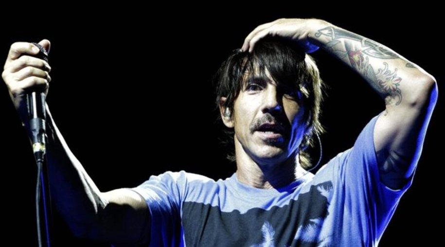 Anthony Kiedis musste ins Krankenhaus.