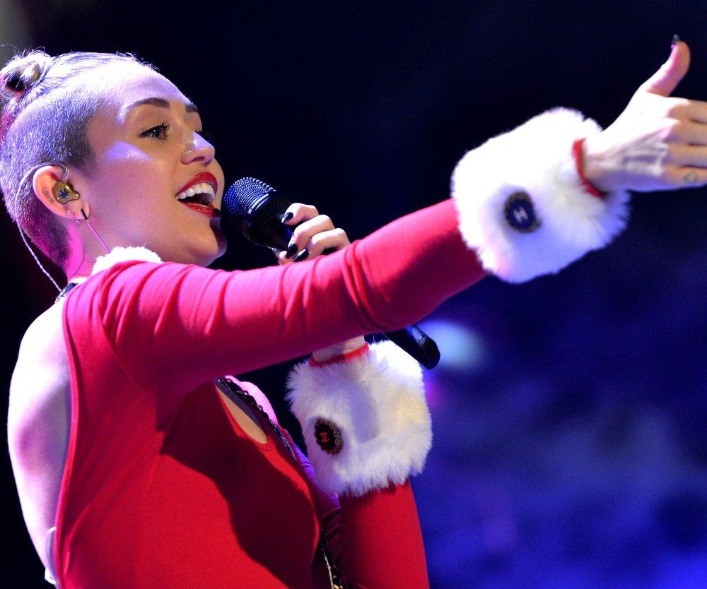 Miley Cyrus meldet sich zurück