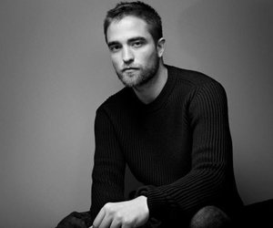 Robert Pattinson küsst heiße Blondine
