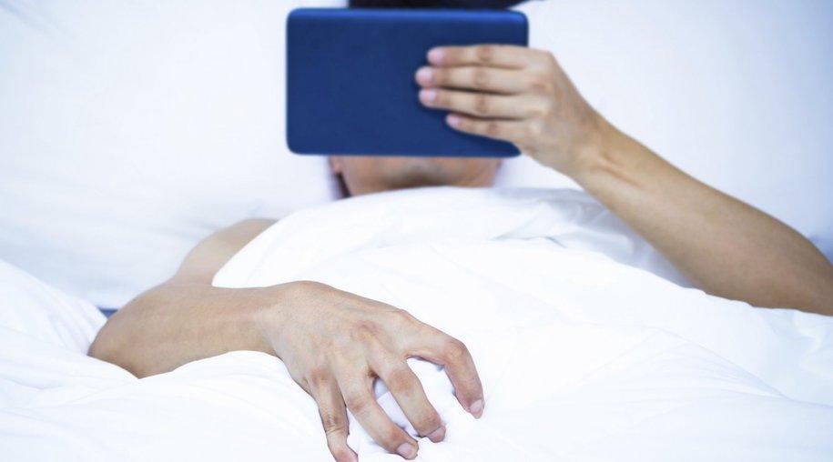 liebe beziehung beziehungsprobleme porno in der ehe verdoppelt scheidungsrisiko