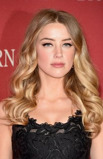 Amber Heard: Große Locken
